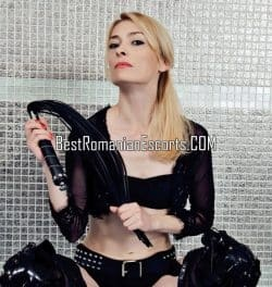 Hottest Girl Mistress_Lilith