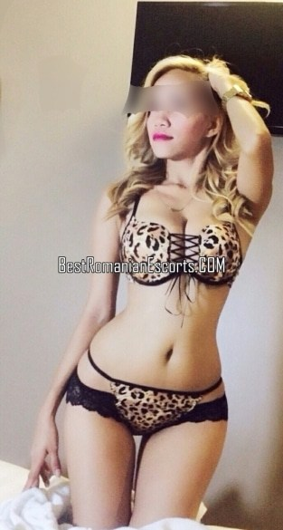 Escort Lexy Asian